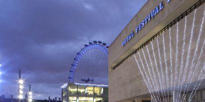 Architecture, Ferris wheel, Public space, Commercial building, Landmark, Retail, Marketplace, Metropolis, Market, Tent,