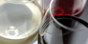 Fluid, Liquid, Glass, Drinkware, Barware, Stemware, Red, Alcoholic beverage, Drink, Dessert wine,