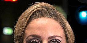 Finger, Lip, Brown, Hairstyle, Skin, Forehead, Eyebrow, Eyelash, Nail, Style,