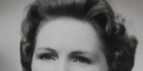 Hair, Nose, Ear, Lip, Hairstyle, Eye, Chin, Forehead, Eyebrow, Photograph,