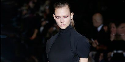 Ear, Hairstyle, Dress, Shoulder, Joint, Fashion show, Style, Fashion model, Fashion, Neck,