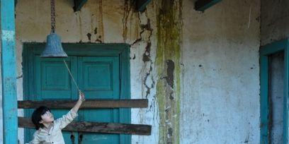 Leg, Blue, Green, Human body, Standing, Photograph, Teal, Turquoise, Temple, Door,