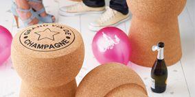 Product, Pink, Bottle, Magenta, Glass bottle, Drink, Peach, Tan, Balloon, Circle,