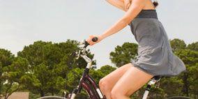 Tire, Bicycle tire, Wheel, Bicycle wheel, Bicycle wheel rim, Leg, Bicycle frame, Bicycle, Shoe, Bicycle part,