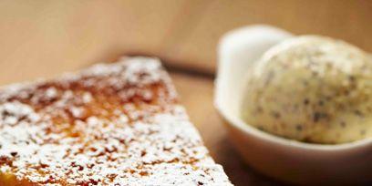 Food, Cuisine, Ingredient, Finger food, Dish, Baked goods, Dessert, Powdered sugar, Snack, Plate,