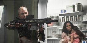 Human body, Shoulder, Textile, Joint, Gun, Shelf, Machine gun, Air gun, Shotgun, Trigger,