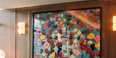 Room, Interior design, Textile, Wall, Furniture, Interior design, Living room, Ceiling, Teal, Turquoise,