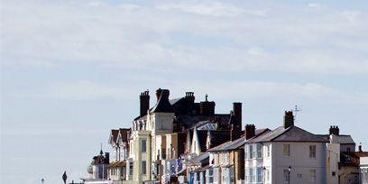 Neighbourhood, Town, House, Pebble, Residential area, Soil, Shore, Home, Gravel, Sand,