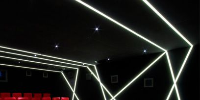 Red, Line, Ceiling, Light, Carmine, Darkness, Space, Rectangle, Parallel, Design,
