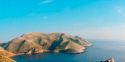 Body of water, Nature, Coastal and oceanic landforms, Natural landscape, Coast, Landscape, Promontory, Island, Headland, Mountain,