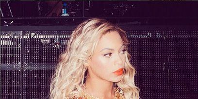 Lip, Mouth, Beauty, Long hair, Blond, Fashion model, Mesh, Model, Earrings, Day dress,