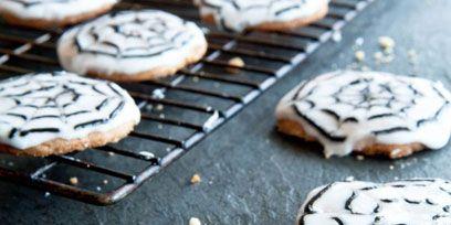 Finger food, Food, Cuisine, Baked goods, Cookies and crackers, Ingredient, Dessert, Cooking, Biscuit, Recipe,