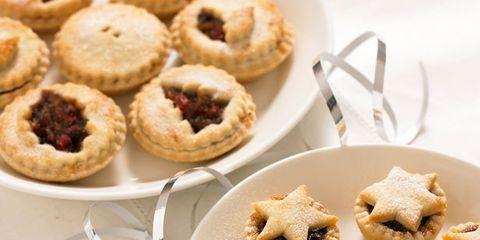 Food, Finger food, Cuisine, Baked goods, Dessert, Ingredient, Cookies and crackers, Sweetness, Cooking, Recipe,