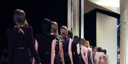 Dress, Fashion show, Style, Runway, Fashion model, Fashion, Sandal, One-piece garment, Waist, Fashion design,
