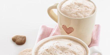 Cup, Coffee cup, Serveware, Drinkware, Dishware, Drink, Food, Tableware, Ingredient, Teacup,