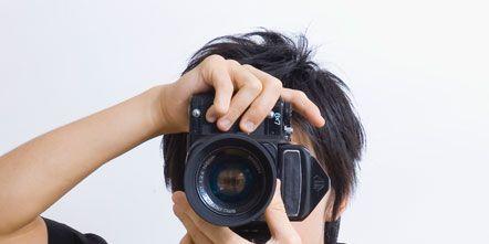 Arm, Finger, Photographer, Lens, Sleeve, Digital camera, Hand, Photograph, Elbow, Wrist,