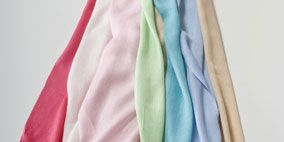 Textile, Pink, Teal, Aqua, Magenta, Turquoise, Costume accessory, Fashion design, Thread, Stole,