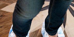 Clothing, Leg, Blue, Human, Human leg, Trousers, Floor, Shoe, Flooring, Joint,