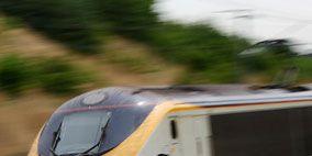 Mode of transport, Nature, Transport, Yellow, Windscreen wiper, Photograph, Railway, Rolling stock, Public transport, Headlamp,