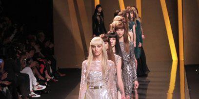 Fashion show, Runway, Fashion model, Dress, Fashion, Waist, Public event, Model, Haute couture, Fashion design,