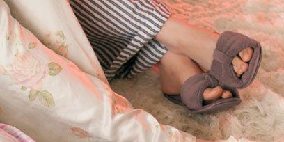 Human, Comfort, Human leg, Slipper, Foot, Toe, Ankle, Sandal, Peach, Flip-flops,