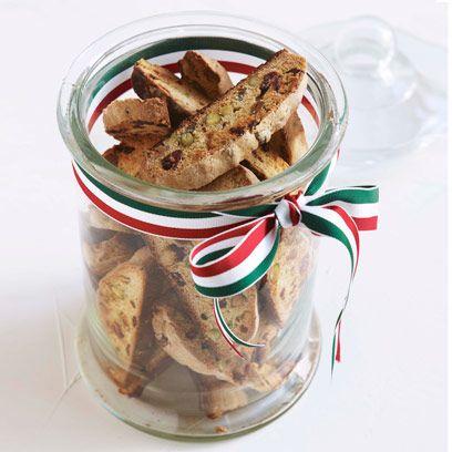 cranberry and pistachio biscotti