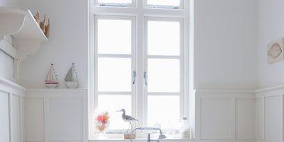 Blue, Plumbing fixture, Room, Floor, Architecture, Property, Flooring, Interior design, Wall, Tile,