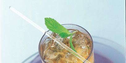Green, Leaf, Drink, Ingredient, Liquid, Drinking straw, Cocktail garnish, Cocktail, Garnish, Produce,