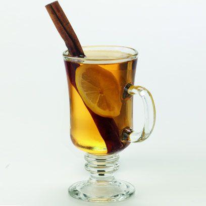 Glass, Yellow, Drinkware, Drink, Liquid, Serveware, Alcoholic beverage, Tableware, Barware, Amber,