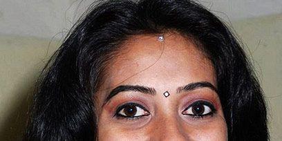 Nose, Smile, Lip, Cheek, Hairstyle, Chin, Forehead, Earrings, Eyebrow, Eyelash,