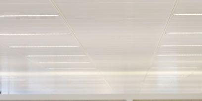 Ceiling, Snapshot, Conversation, Water bottle, Transparent material, Speech,