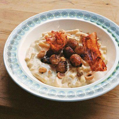 Autumn macaroni with button onions, pancetta, hazelnuts & Fontina cheese recipe