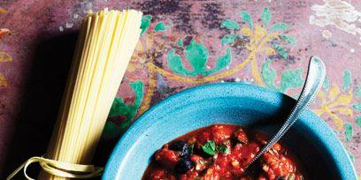 Food, Dish, Cuisine, Ingredient, Condiment, Spoon, Recipe, Bowl, Stew, Amatriciana sauce,