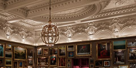 Interior design, Furniture, Ceiling, Table, Interior design, Light fixture, Ceiling fixture, Hall, Chandelier, Picture frame,