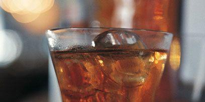 Fluid, Drinkware, Liquid, Drink, Alcohol, Glass, Alcoholic beverage, Barware, Tableware, Cocktail,