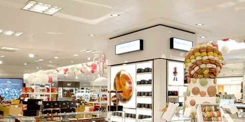Retail, Convenience store, Ceiling, Logo, Cuisine, Shelf, Supermarket, Trade, Light fixture, Grocery store,