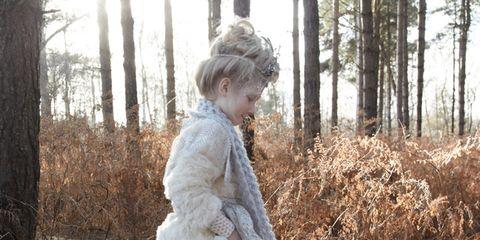Dress, Headgear, Fur, Vintage clothing, Natural material, Victorian fashion, Gown, Headpiece, Embellishment, Photo shoot,