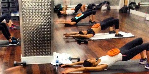 Leg, Human leg, Physical fitness, Active pants, Flooring, Exercise, Knee, Thigh, yoga pant, Stretching,