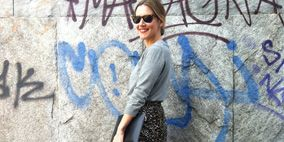 Clothing, Blue, Sleeve, Shoulder, Human leg, Photograph, Joint, White, Street fashion, Style,