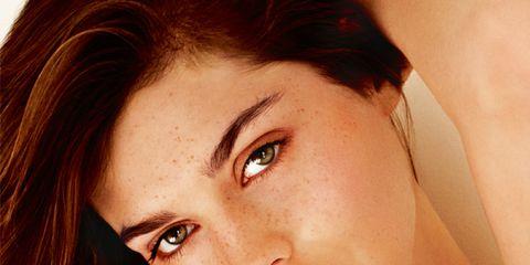 Hair, Nose, Mouth, Lip, Hairstyle, Skin, Chin, Forehead, Eyebrow, Eyelash,