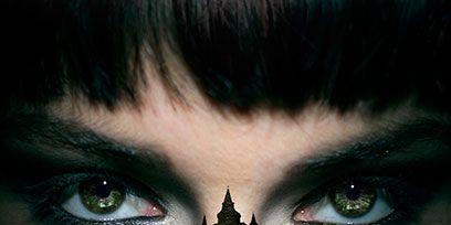 Green, Eye, Eyelash, Eyebrow, Colorfulness, Iris, Organ, Beauty, Teal, Black hair,