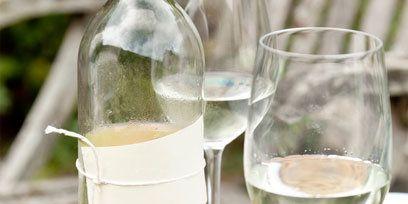 Drinkware, Glass, Stemware, Fluid, Liquid, Barware, Tableware, Drink, Wine glass, Glass bottle,