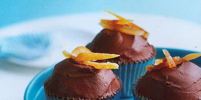 Food, Sweetness, Cuisine, Dishware, Dessert, Ingredient, Cupcake, Baked goods, Serveware, Plate,