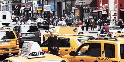 Motor vehicle, Wheel, Tire, Land vehicle, Vehicle, Automotive parking light, Car, Automotive design, Vehicle registration plate, Full-size car,