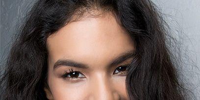 Lip, Cheek, Hairstyle, Eye, Chin, Forehead, Eyebrow, Eyelash, Facial expression, Jaw,