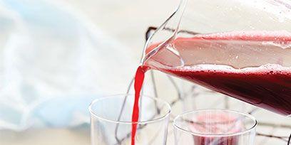 Fluid, Liquid, Glass, Red, Barware, Ingredient, Drinkware, Transparent material, Drink, Crème de cassis,
