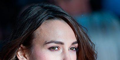 Hair, Head, Ear, Earrings, Lip, Hairstyle, Chin, Forehead, Eyebrow, Eyelash,