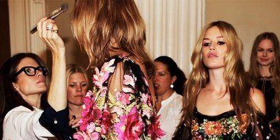 Dress, Bouquet, Fashion, Magenta, Cut flowers, One-piece garment, Day dress, Lavender, Curtain, Flower Arranging,