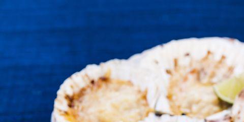 Food, Ingredient, Plate, Bivalve, Recipe, Oyster, Serveware, Fruit, Cuisine, Shellfish,