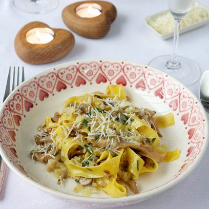 Dish, Food, Cuisine, Tagliatelle, Ingredient, Fettuccine, Taglierini, Italian food, Pappardelle, Pasta,